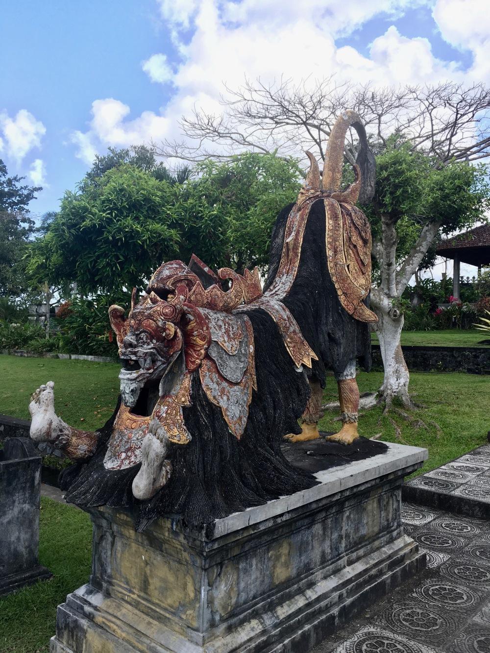 Bali Tirta Gangga Amed food-trotter