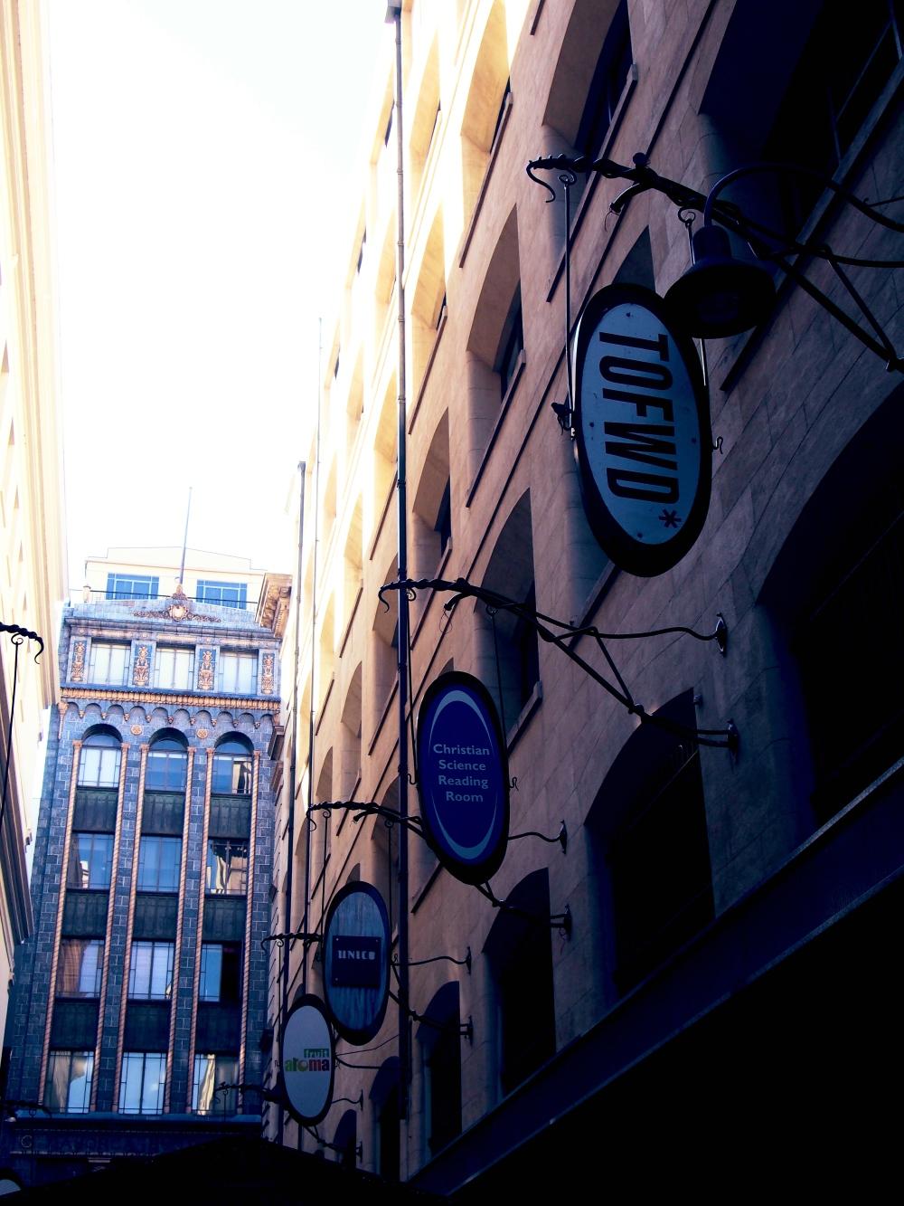 Melbourne_Degrave2_Fotor.jpg