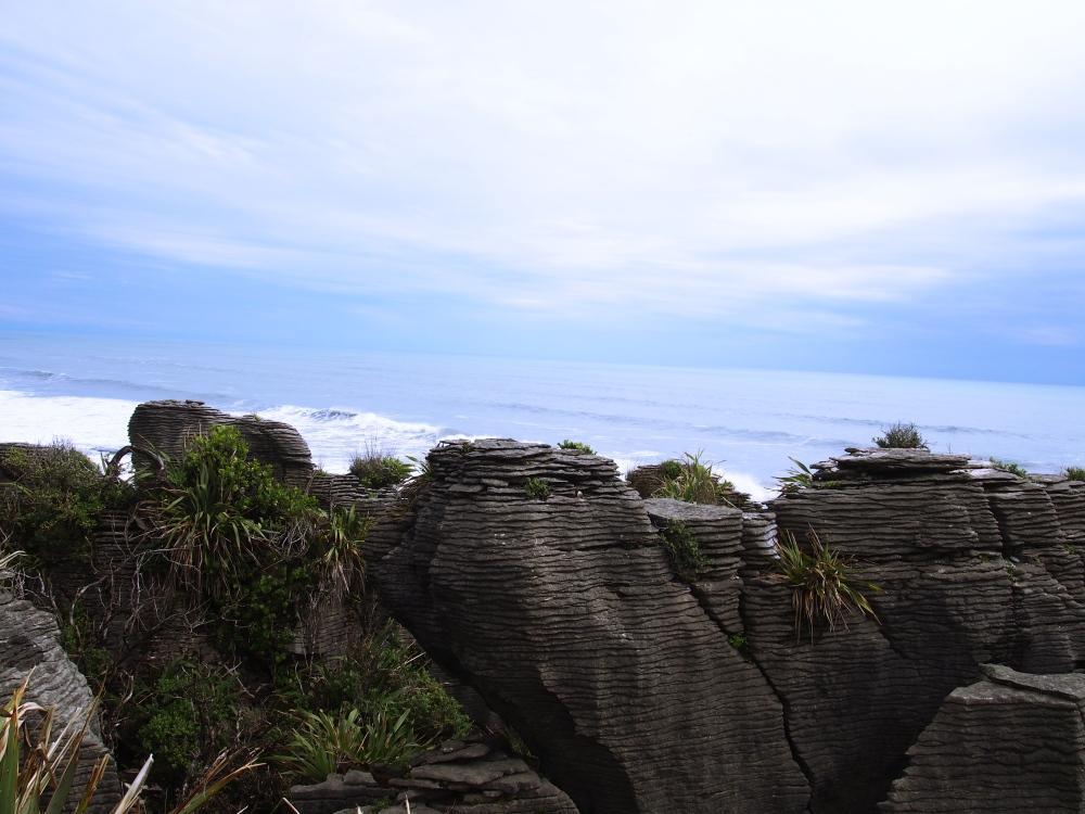 NZ_Pancakesrocks1_Fotor.jpg