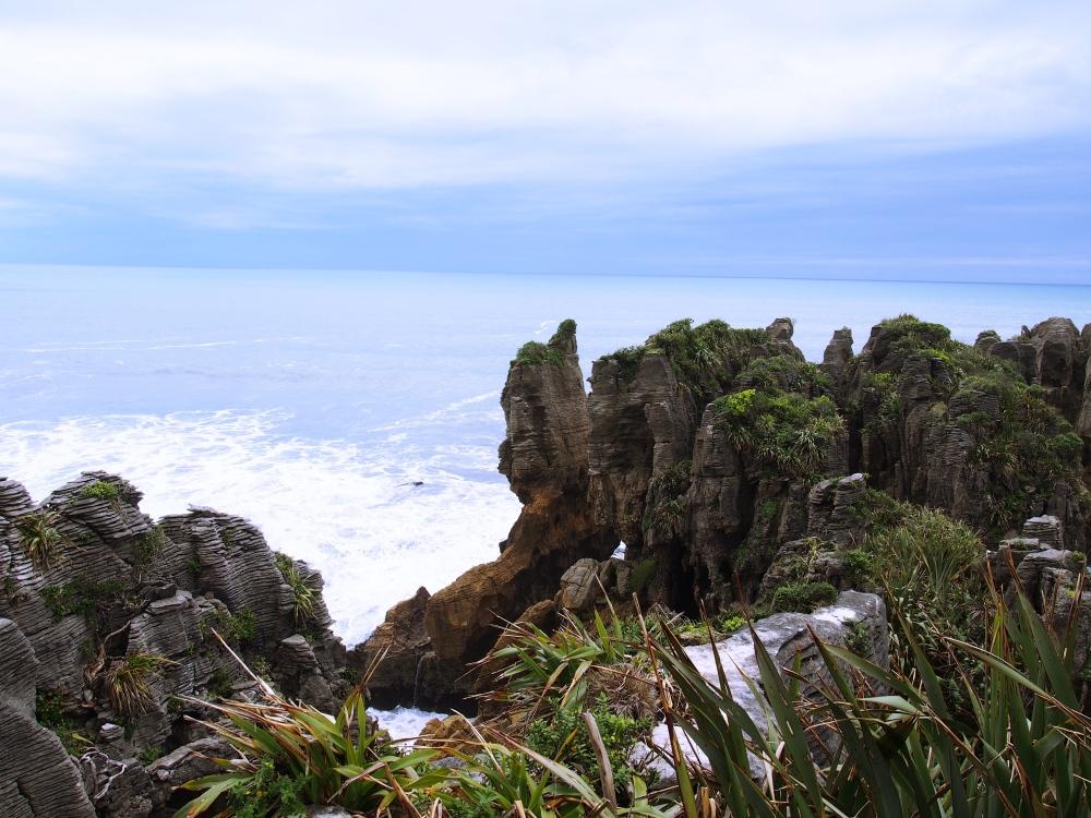 NZ_Pancakesrocks2_Fotor.jpg